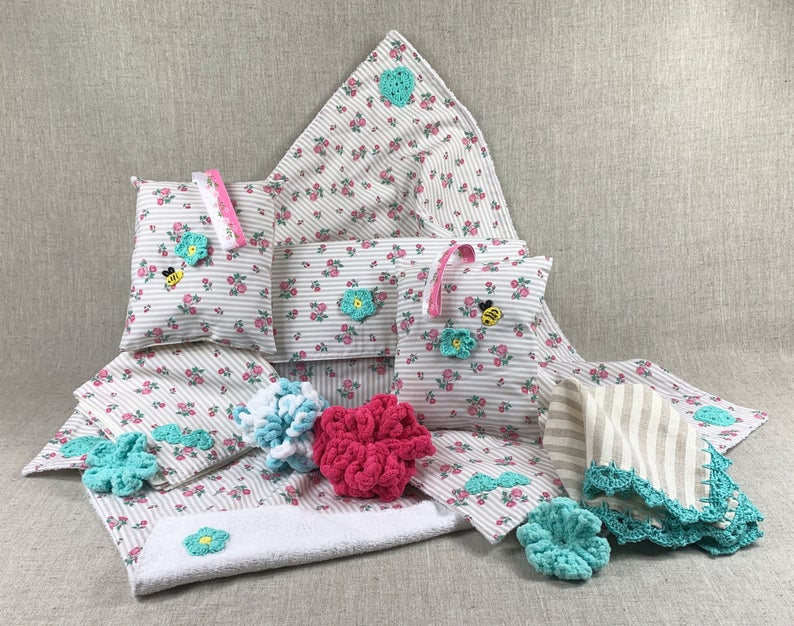 Baby towel set with friendly bees Chic baby bath time towels. | Etsy | baby bath...