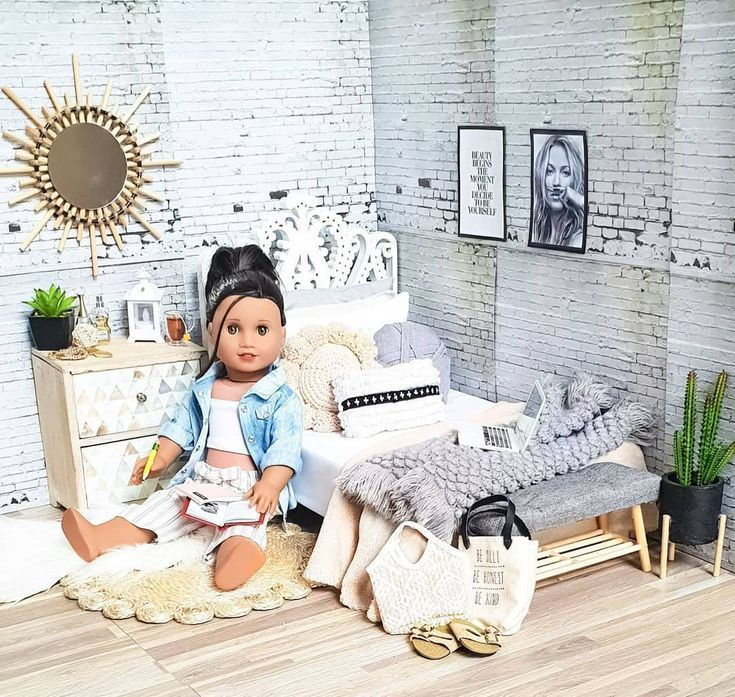 Contemporary decor  #American #dolls #pictures American girl dolls pictures, Ame...