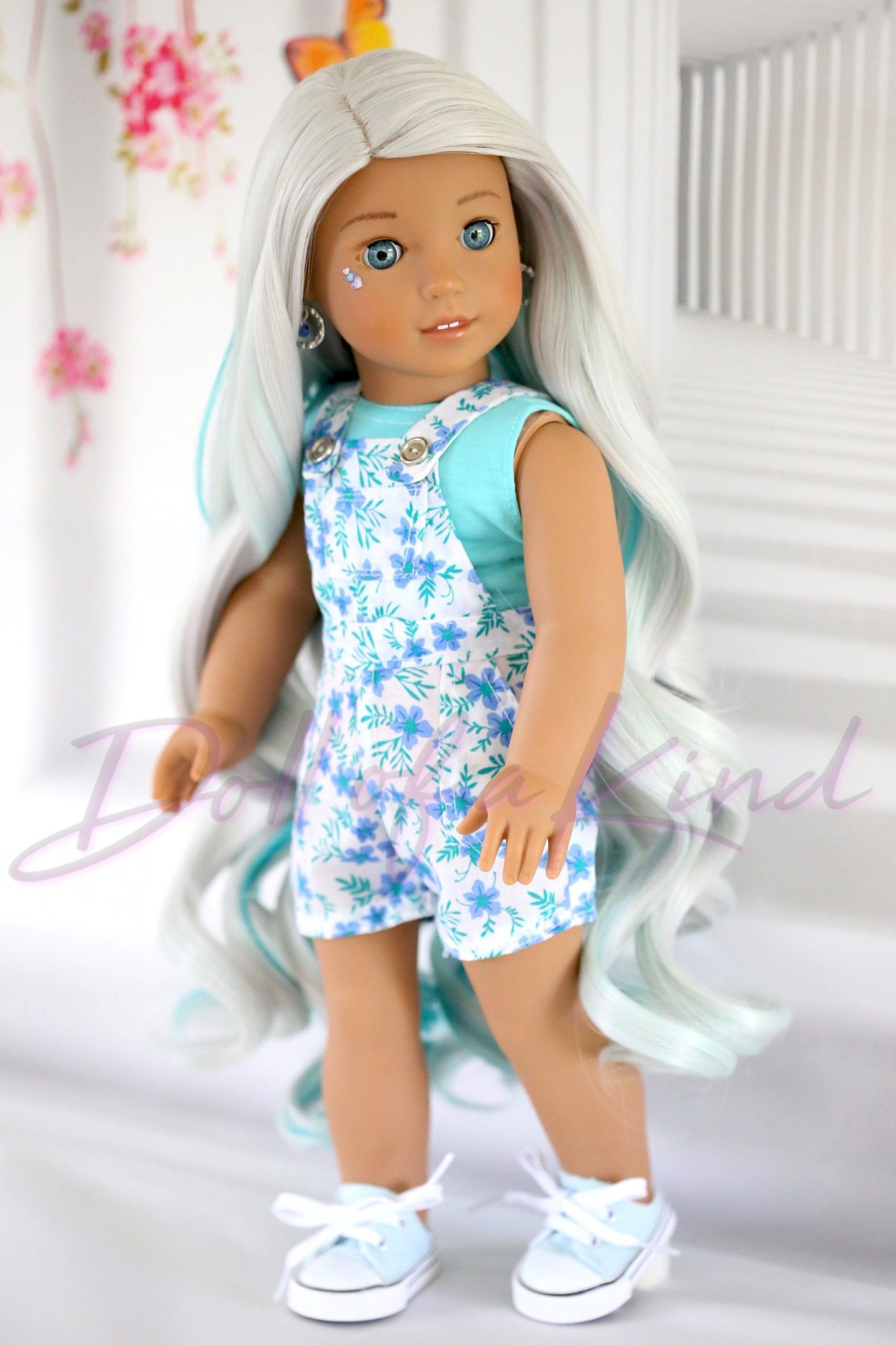 Custom American Girl doll wig Wavy Ice Mint  fit most doll head circumference be...